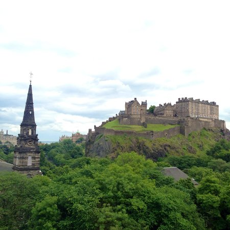 Waldorf Astoria Edinburgh - The Caledonian: View from our hotel room window