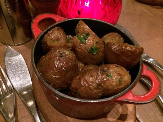 Brasserie Baroche : Potatoes. Yummmm