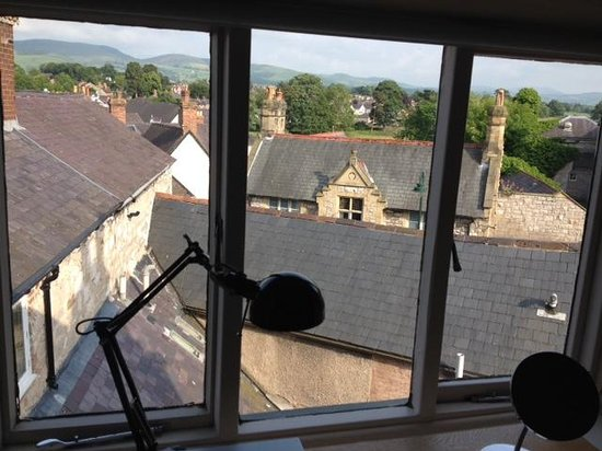 Manorhaus Ruthin: View from Oriel 8