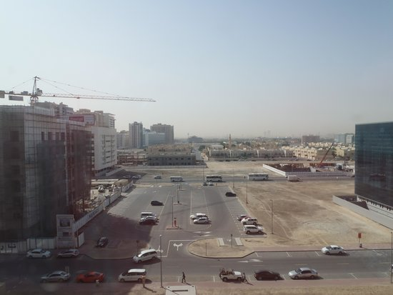 Novotel Suites Dubai Mall of the Emirates: The new carpark