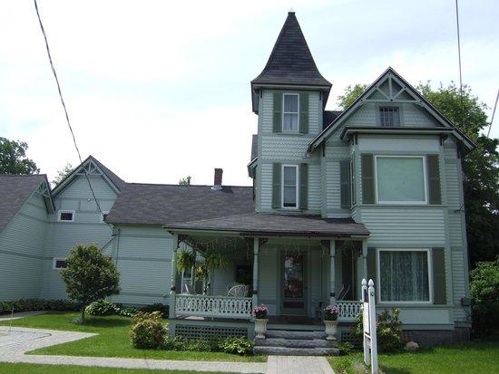 Henniker House