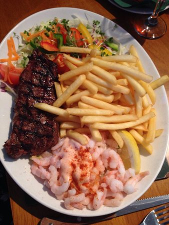 Kookaba Restaurant: Surf and turf