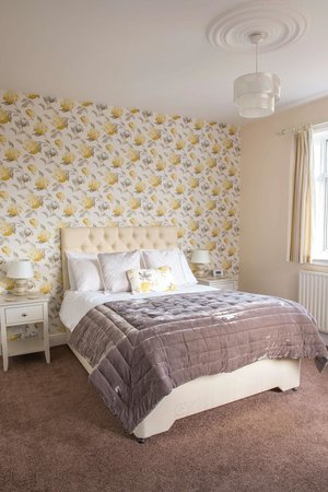 Harwood House: Deluxe double room - Room 6