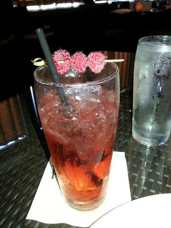 Paul Martin's American Grill: Shirley Temple w/ berries