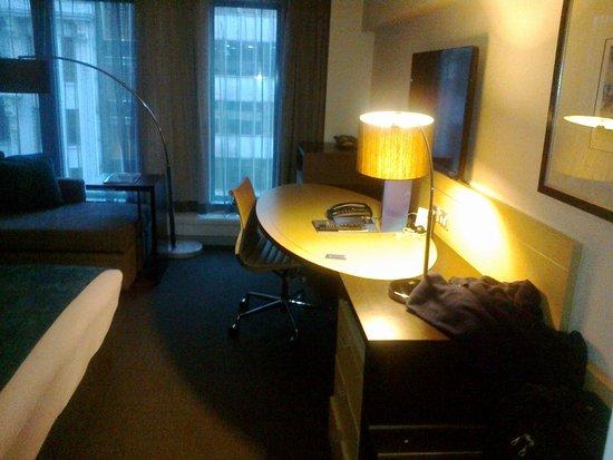 Novotel Melbourne on Collins: Room