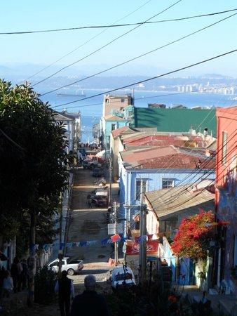 Historic Quarter of the Seaport City of Valparaiso : Vista do mar 3