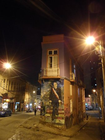 Historic Quarter of the Seaport City of Valparaiso : Pinturas nas casas 1