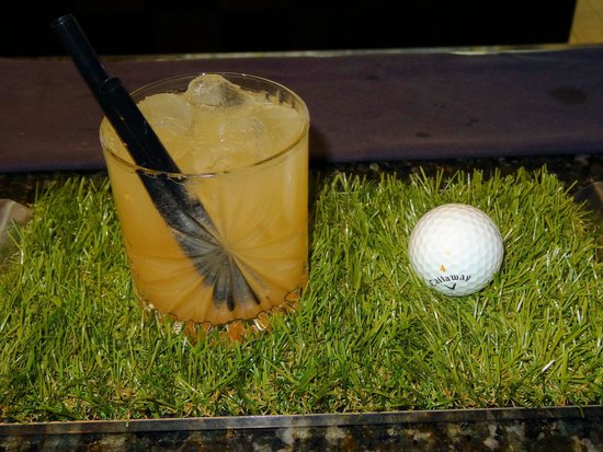 Be Bop Lobby Bar : Be Green - golf theemed cocktail