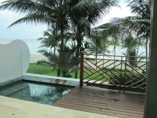 Grand Velas Riviera Maya: View from balcony of our suite with plunge pool