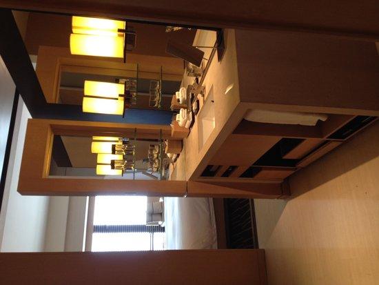 Park Hyatt Beijing: Great dressing & makeup area