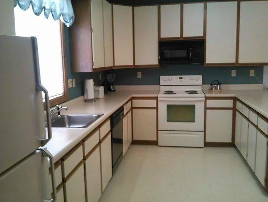 Chalet High Resort: Kitchen