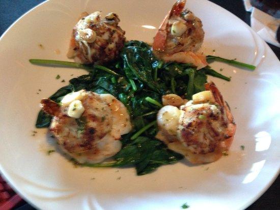 Luigi's Trattoria : Stuffed jumbo shrimp w lump crab