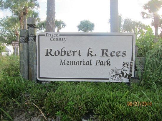 Robert K Rees Memorial Park: signage