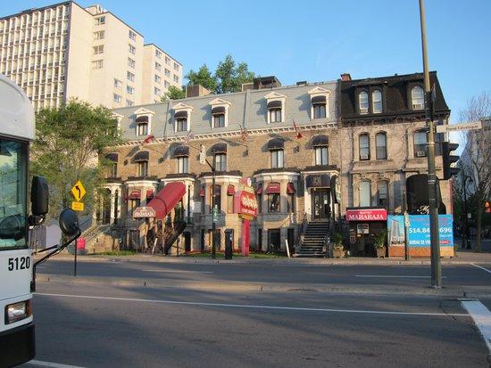 Der Hotel A2K Complex.