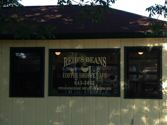 Reid's Beans: View when turning left from highway