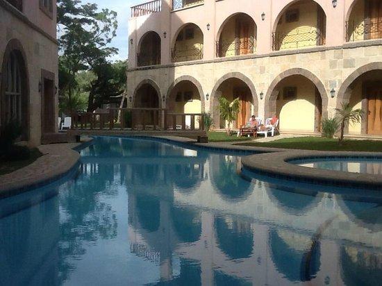 Corto del Mar Hotel: the swimming pool