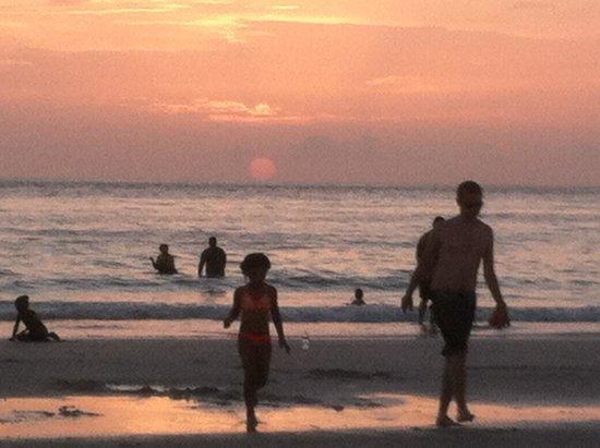Beachwalk Inn: Sunset 8:30 June 15,2014 it does not get any better!!