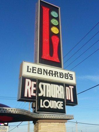Photo of Italian Restaurant Leonardo's Pizza at 2228 16th Ave Sw, Cedar Rapids, IA 52404, United States