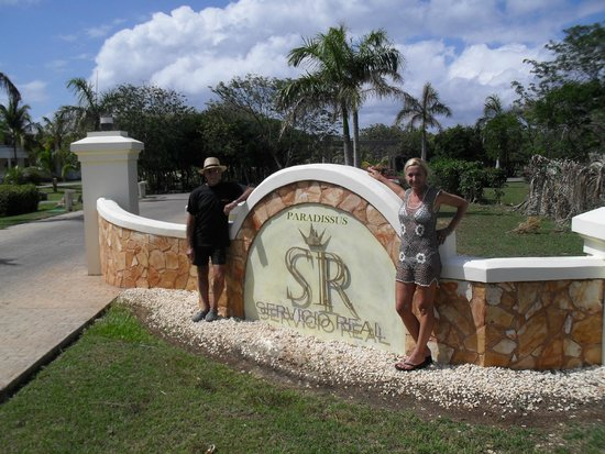 Paradisus Varadero Resort & Spa: Entrada al servicio real