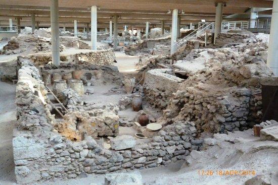 Museum of Prehistoric Thera: ΕΣΩΤΕΡΙΚΟ
