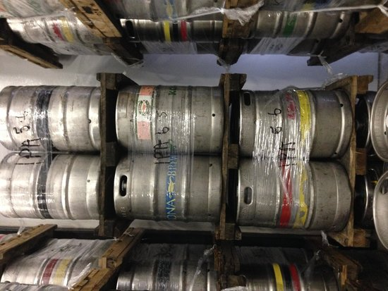 Kona Brewing Company: Brewery Paradise
