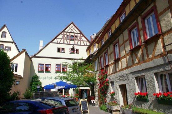 Altstadt: Hotel Gasthof Goldener Greifen back