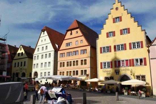 Altstadt: Old town center