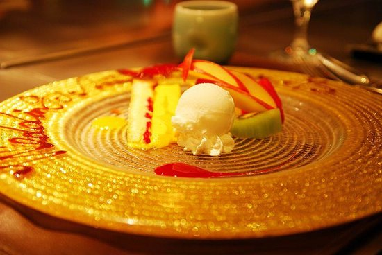 Steake Ishiyama: 記念日のためのデザート盛り合わせ