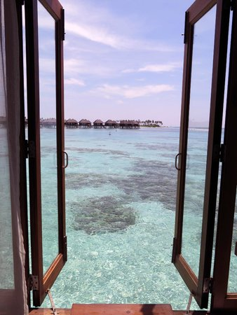 Olhuveli Beach & Spa Maldives: View from the Bathroom