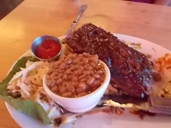 Shilo Restaurant: To die for RIBS!