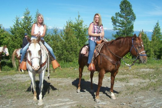 Artemis Acres Paint Horse Ranch: Robin Koski and Crystal Fore.