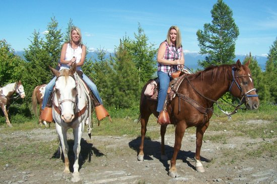 Artemis Acres Paint Horse Ranch: Top of look out! With Robin Koski and Crystal Fore.