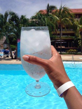 Hotel Bella Costa: Cheers!
