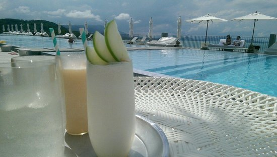 COMO Point Yamu: By the pool