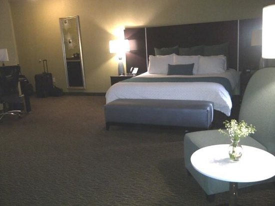 Riverwind Casino Hotel Rooms