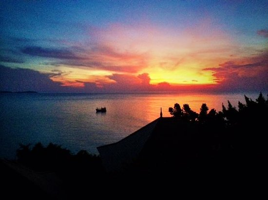 The Kala Samui : Sunrise from our room
