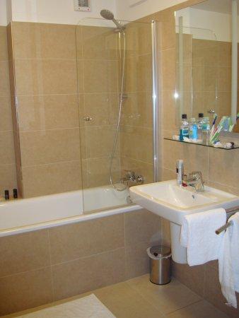 Hotel Pod Vezi : Bathroom