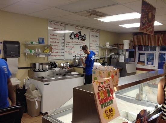 Chaney's Dairy Barn: All kinds of fresh HOME COOKIN, & Ice Cream, your way !!