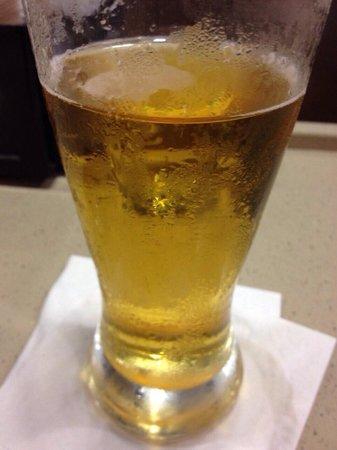 Sheraton JFK Airport Hotel: Yummy BEER!!!