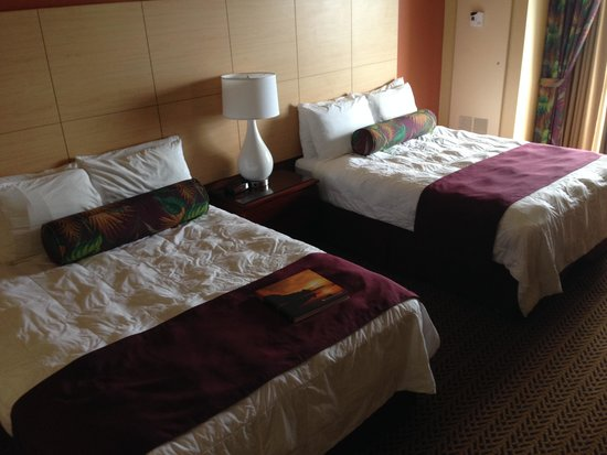 Castle Hilo Hawaiian Hotel: Double Room