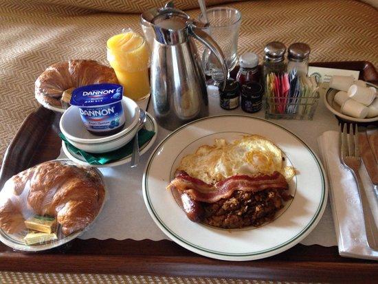 Phoenix Park Hotel: A real treat!