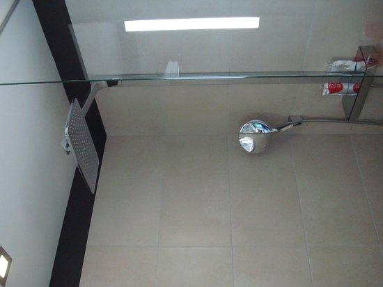 Hotel Hor : Bathroom
