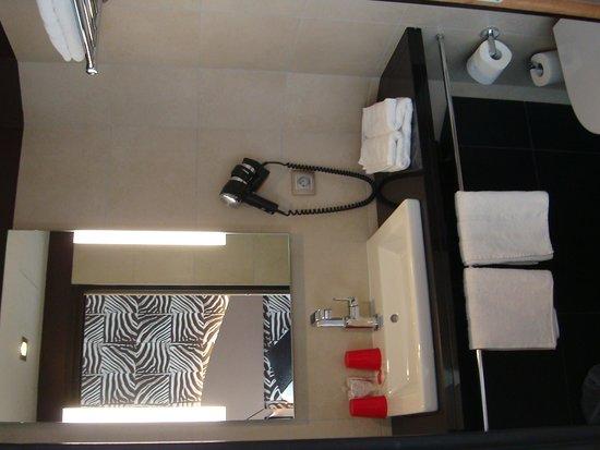Hotel Hor: Bathroom
