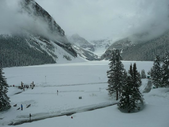 Fairmont Chateau Lake Louise: View from our room!