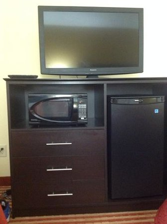 BEST WESTERN Jacksonville Inn: tv, microwave, mini fridge