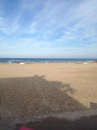 Isla Grand Beach Resort: Clean, beautiful beach