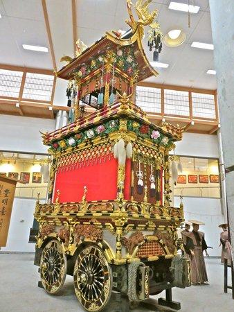 Takayama Festival Floats Exhibition Hall: one float