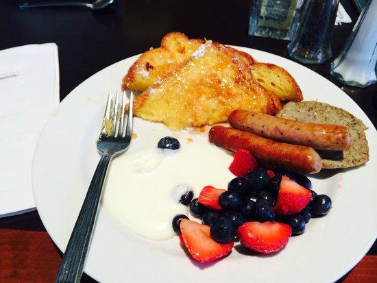 Hilton Garden Inn Atlanta Downtown : breakfast on the 4th floor,yummy!!!