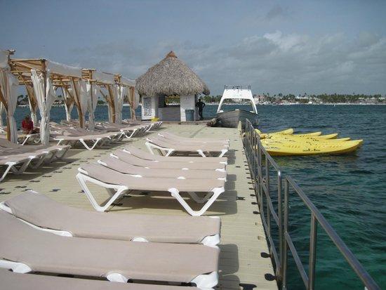Marinarium Excursions - Reef Explorer : vista hacia la entrada