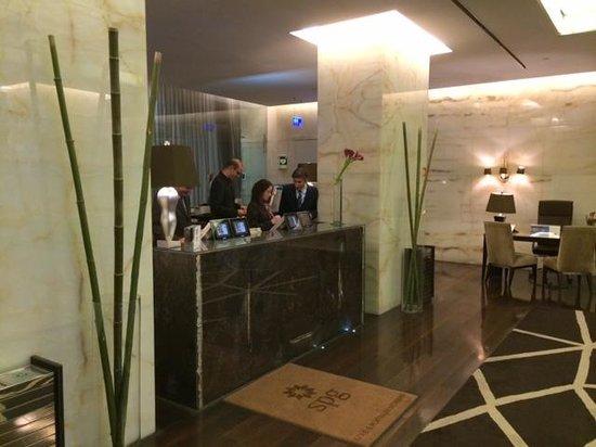 Sheraton Lisboa Hotel & Spa : Reception